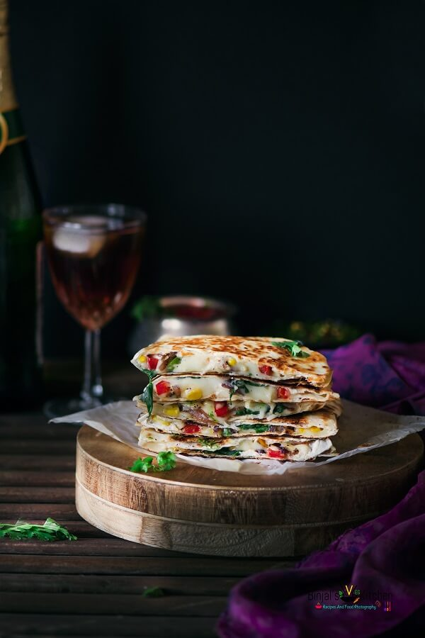Veggie cheesy corn quesadilla binjals veg kitchen veggie cheesy corn quesadilla photography forumfinder Choice Image